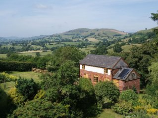 Secluded Detached Stable / Barn Conversion On The Border Of Shropshire And Wales