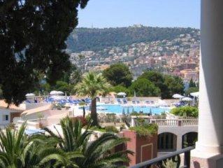 Clima, Colori e Bellezza della Costa Azzurra per un Appartamento  in Residence T