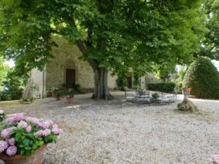 Villa of the 15th Century,park,pool,lake view,close to Florence (20 min.)