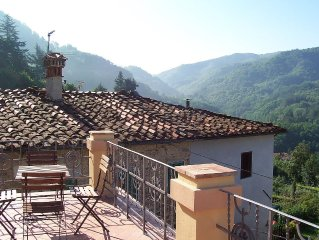 House w/Lg Roof Terrace, Stunning Valley Views, Open Fire In Relaxing Lounge