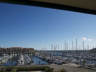 Superb T2 (sleeps 4-6) sea and Port Argeles in residence with pool