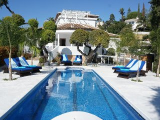 FANTASTIC SUNNY VILLA, OR GROUPS FOR FAMILY ON HO