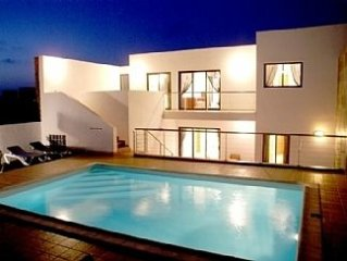 Villa with Private Heated Pool and Fabulous Sea Views across to Fuerteventura