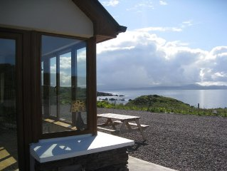 WIFI- Stunning views  to the Sea - near village and beaches