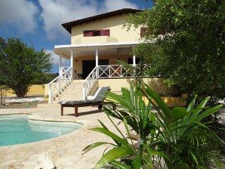 Prachtige vrijstaande villa met uitzicht over Klein Bonaire.