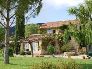 South Luberon, near Lourmarin - Charming Mas Cucuron - For 9 people