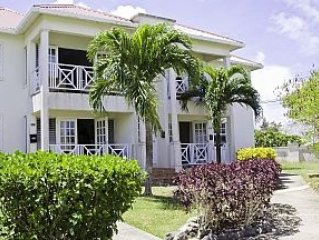 St. James, crystal court, crystal heights, 2 bed room apartment, shared pool., vacation rental in Black Rock