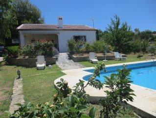 Casa Rural con piscina a diez minutos de Ronda