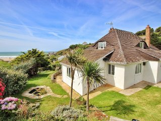 4/5 bedrooms, garden, open fire, walk to beach! Available 15-22 April (Easter)