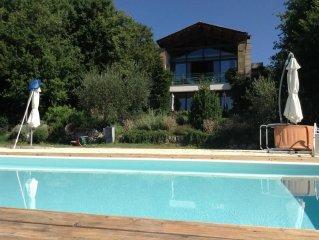 Delizioso appartamento in Villa circondato da Vigne e Ulivi