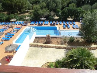 Beautiful 2 bed 2 bath apartment One minutes walk from the Marina of Cala D'Or
