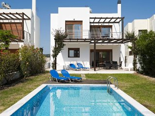Luxury Villa in Afandou with Private Pool and Wonderful Sea Views!