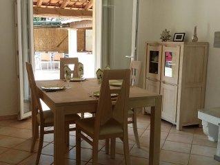 Family friendly villa  just 10 minutes walk from beautiful provencal village