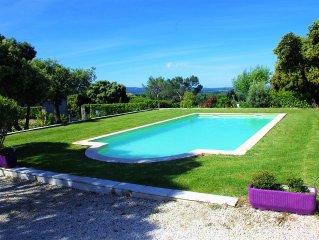 Eyragues: Villa Sud de la France avec piscine privative et vue sur les Alpilles