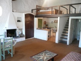 Charming Provencal apartment in Bargemon village, Var. sleeps 2-4