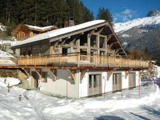 Chalet le Favre - beautifully renovated 6 bed chalet with hot-tub