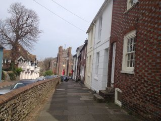 Victorian townhouse in the heart of historic Lewes, close to the Norman Castle.