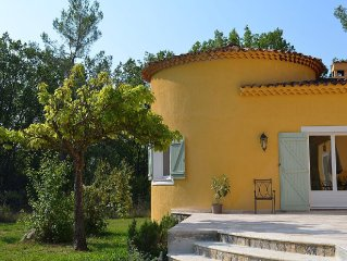 Beautifully refurbished Charming Villa with heated pool, in picturesque Fayence
