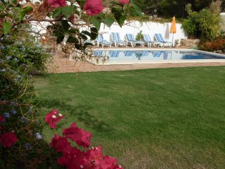LUXURY VILLA SPAIN-VACATION RENTALS-PRIVATE POOL-WIFI-GOLF-AC- TABLE TENNIS