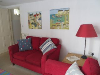 Old fisherman's cottage close to the beach in the heart of Aldeburgh