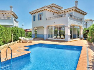 Beautiful 3 bedroom villa with private pool and garden close to all amenities.
