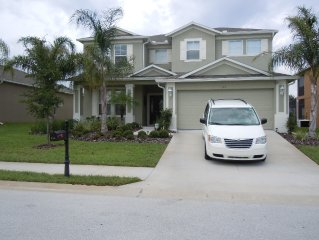 Executive Home: Pool, Spa, Games Room, PC, 15 mins from Disney