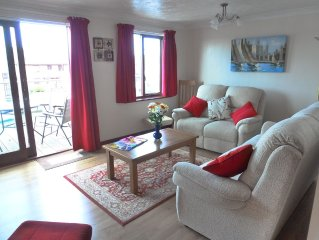 4 Star rated Cottage with 3 En-Suite Bedrooms in Beautiful  Village of Horning
