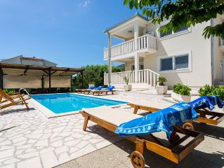 Luxury Villa With Pool, Gym, Bicycles And Beautiful Sea View