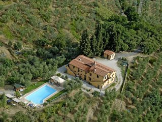 Tuscany Villa for 10- 12 People - Full Panoramic Pool -Family and Pet Friendly