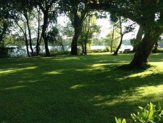 Villa Francesca Romana Relax in riva al lago a pochi metri dal mare
