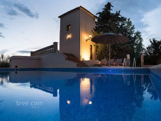 RUSTIC VILLA WITH SWIMMINGPOOL LOVELY FOR FAMILIES AND AIR CONDITIONING