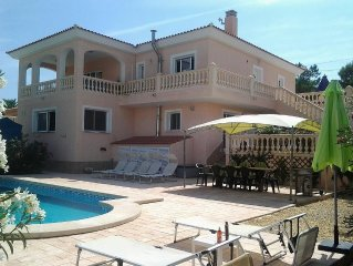 Luxury Villa, Private Pool, Panoramic Mountain Views Between El Campello & Busot