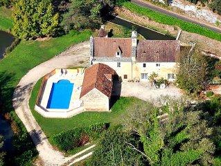 Moulin  avec piscine et etang a 5km de Sarlat