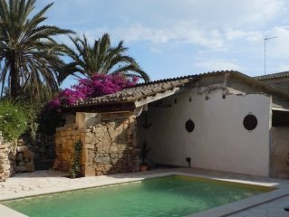 Charming Village House, Near Santanyi and Beaches
