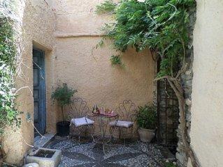 Charming Village House Nestling In Sierra Nevada Foothills. Peaceful & Romanti