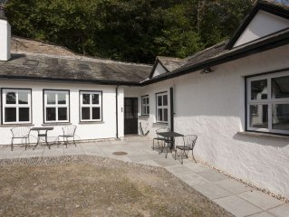 Fellside Luxury Cottage with parking. Lake views River Garden and court yard.