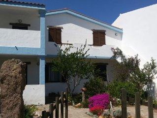 Casa luminosa con terrazzo e vista mare