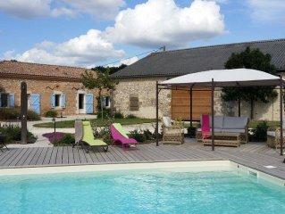 Maison typique entre Lot et Dordogne en pleine nature piscine privee sans chlore