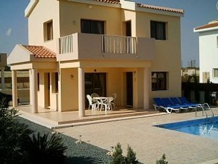 Cyprus Villa 400 mtrs from sea, close to beaches, free Air Con, Wi-Fi and UK-TV.