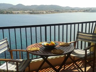 Apartment with Breathtaking Panoramic Sea Views and Sunsets 1min from Cafe Del M