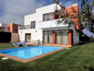 Luxury Contemporary Villa with Private pool, Obid