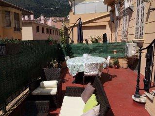 Beau 3 pieces/ terrasse, idealement  situe pres Monaco, plages, por