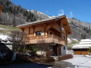 Charming luxury chalet with spectacular views of the Aravis mountain range