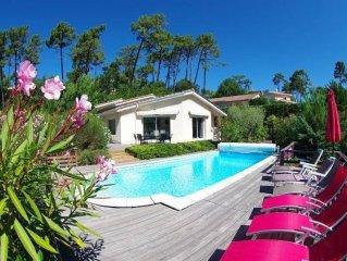 Le Pyla Sur Mer: House / Villa - La Teste-de-Buch