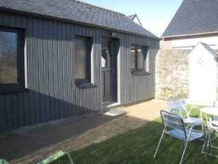 Maisonnette avec jardin clos - bourg  de Saint Briac 300m