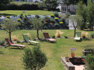 Typical Breton farmhouse classified 4 *, sleeps 10 Plestin strikes (France 22)
