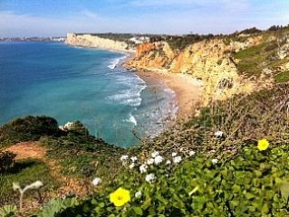 Spacious Villa With Beautiful Sea Views, Big Gard