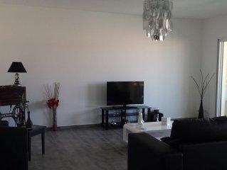 Appartement neuf spacieux et lumineux avec garage privatif proche mer/montagne