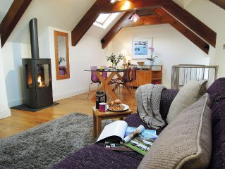 THE LOFT  Modernised fisherman's cottage in old St Ives, Cornwall