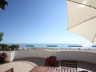furnished apartment on the top floor overlooking the sea